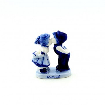 Delft blue kissing couple 2,5 inch.