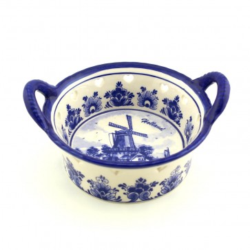 Delft blue dish 4 inch with windmill.
