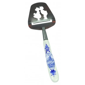 Cheese slicer Delft blue with kissing couple