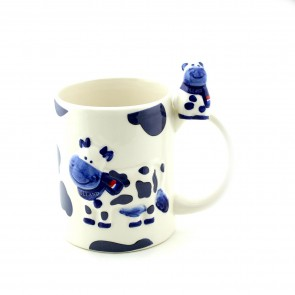 Delft blue cow mug with little cow.